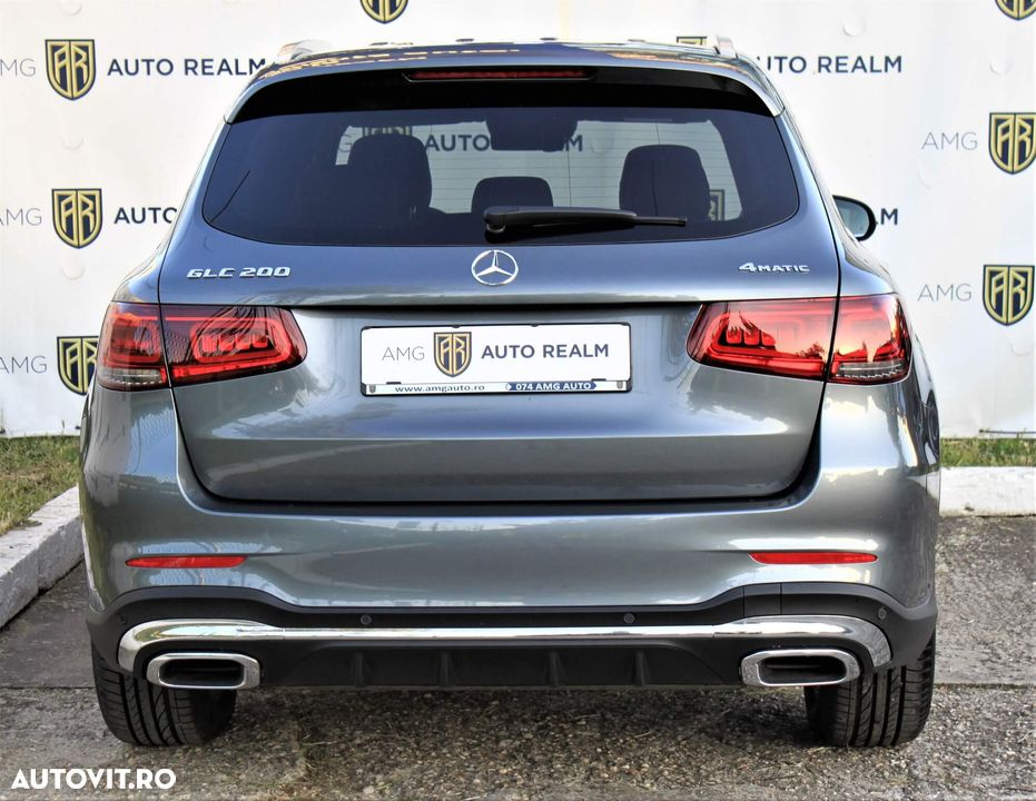 Mercedes-Benz GLC - 4