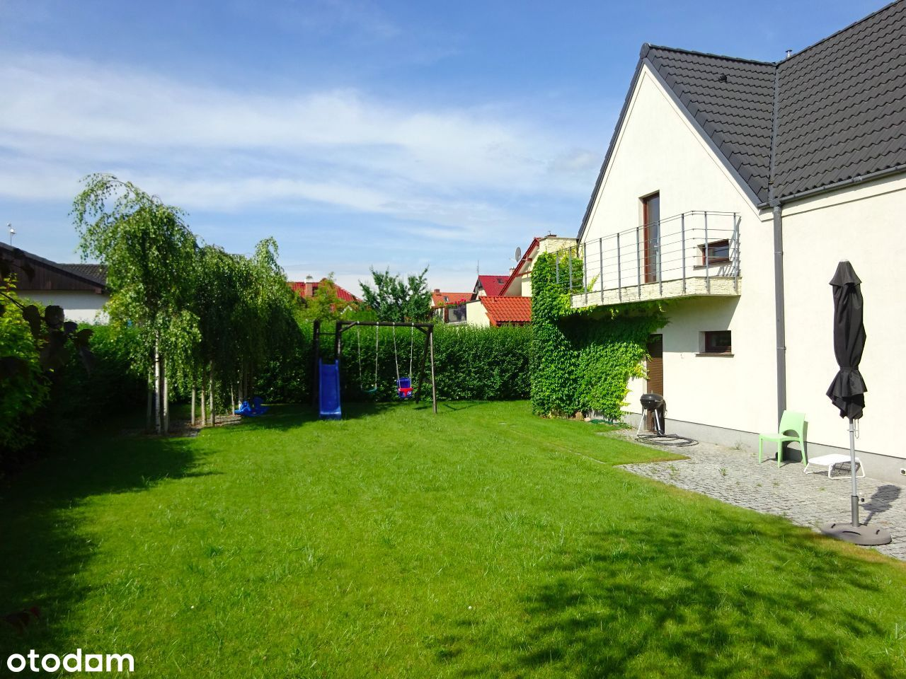 Ciche miejsce,ładny ogród,5pokoi,garaż.