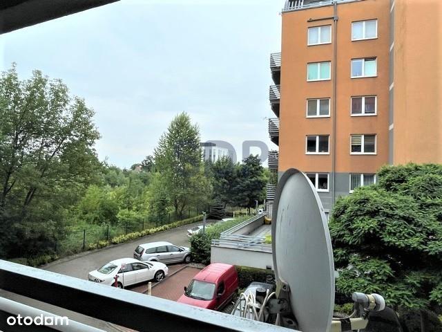 2 pokoje przy Parku Klecińskim/ winda w budynku/ g