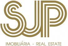 Este terreno para comprar está a ser divulgado por uma das mais dinâmicas agência imobiliária a operar em Ermidas-Sado, Santiago do Cacém, Setúbal