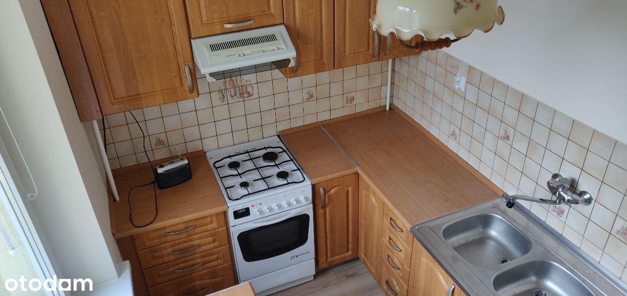 2 pokoje, kuchnia, łazienka, czyste, odświeżone