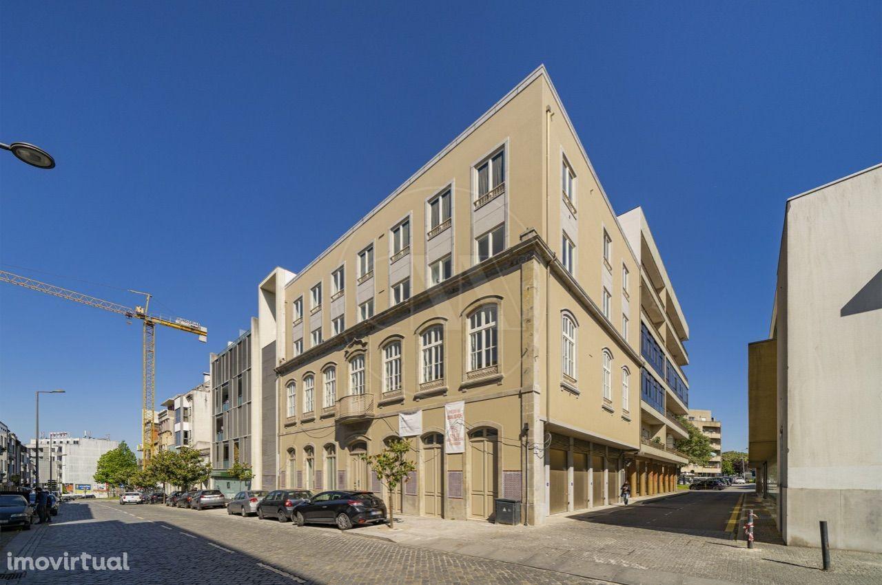 Apartamento T5 NOVO c/266 m2 na Sé, Braga!