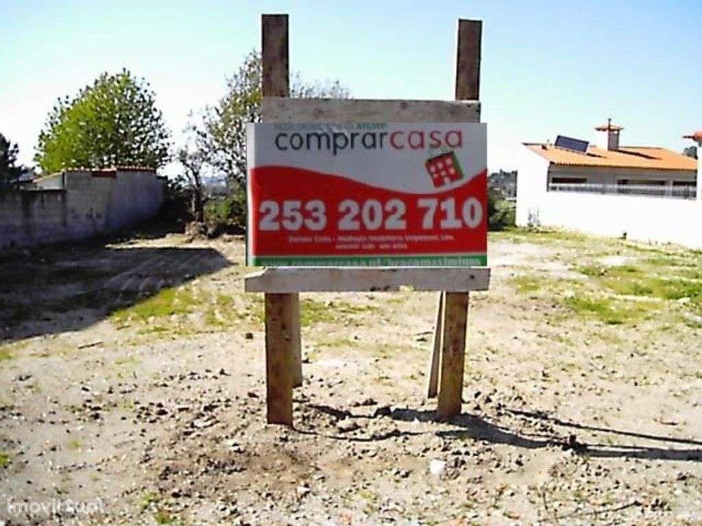 Terreno para comprar, Escudeiros e Penso (Santo Estêvão e São Vicente), Braga - Foto 1