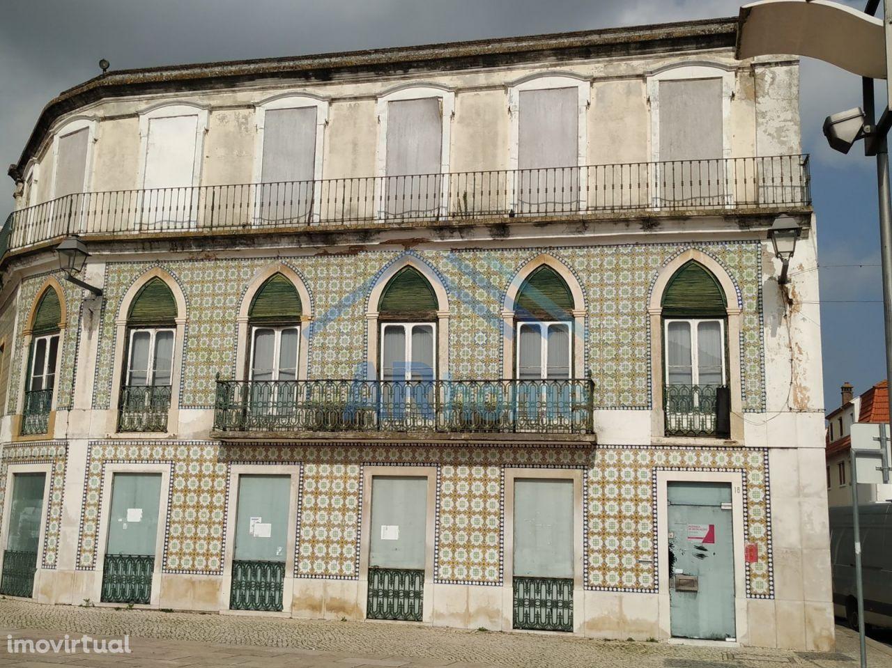 Prédio antigo centro de Vila Franca de Xira