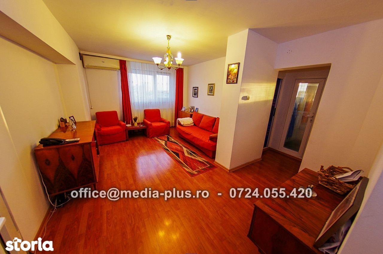 Apartament cu 3 camere Micro 20