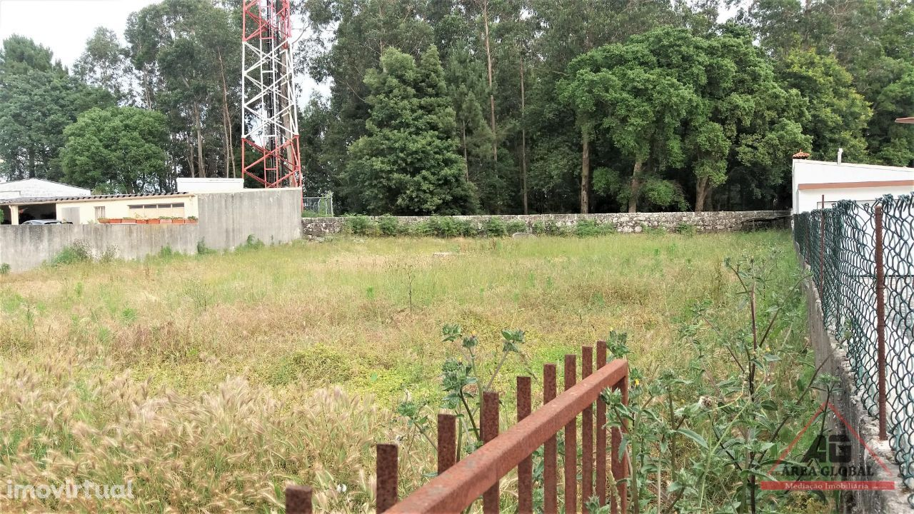 Lote de terreno urbano de 1.000 m2 em Vilar, Vila do Conde