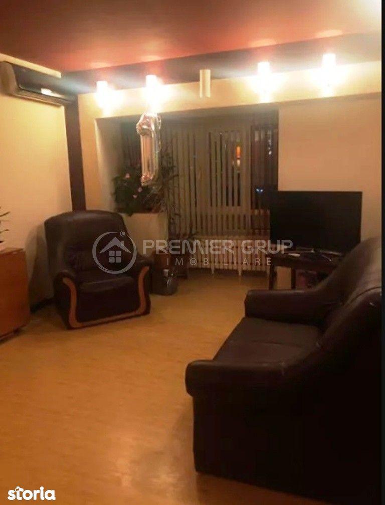 Apartament 3 camere, PALAS - Sf. Lazar, 70mp