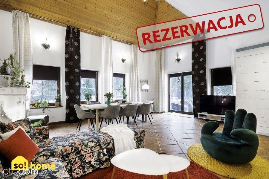 Wyjątkowy dom na 22a działce w Śledziejowicach
