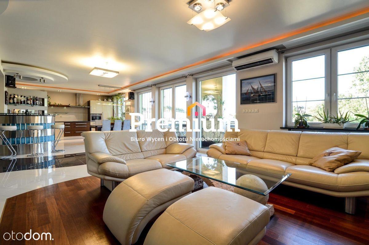 Luksusowe umeblowane mieszkanie przy ul. Waszczyka
