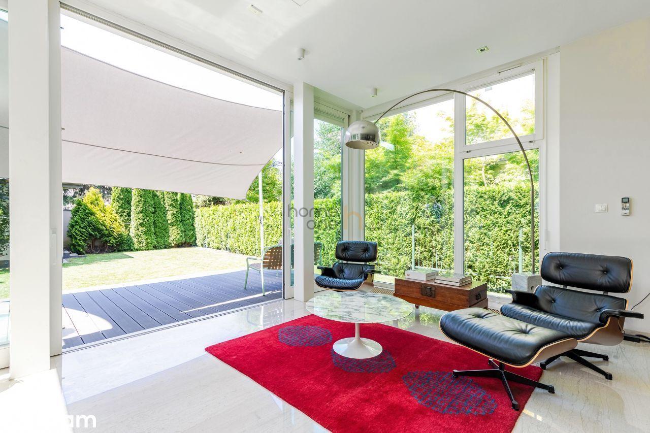 Modern Design House in lovely part of Mokotow