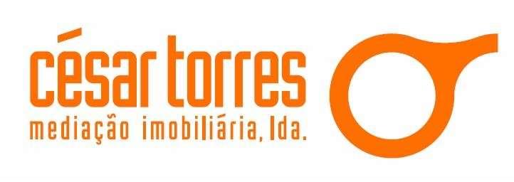 Agência Imobiliária: César Torres