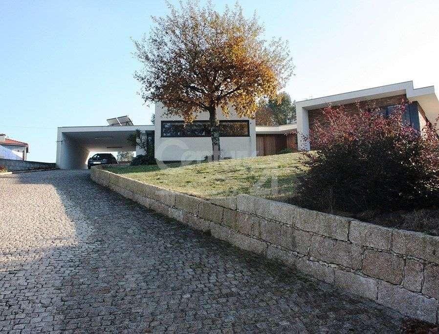 Moradia para comprar, Lamelas e Guimarei, Porto - Foto 1