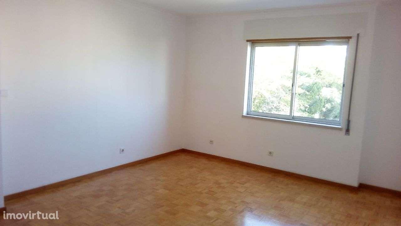 Apartamento para comprar, Rua dos 3 Vales - Alcaniça, Caparica e Trafaria - Foto 9