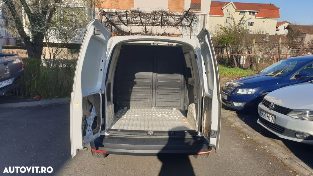 Volkswagen Caddy 2.0 - 16