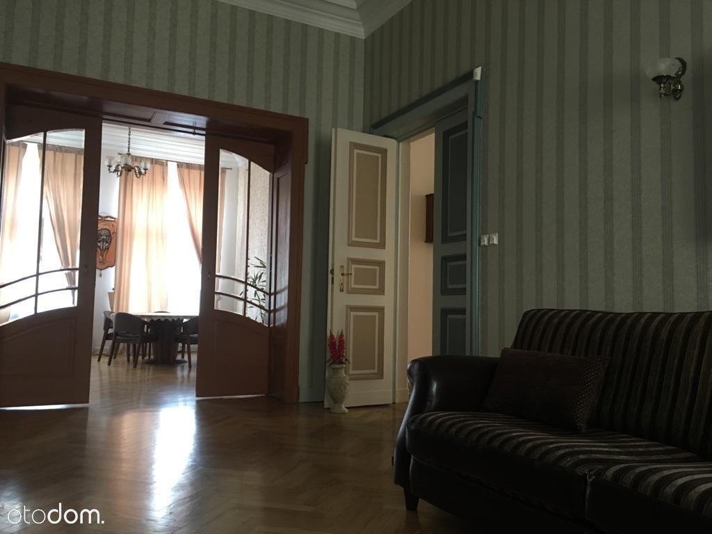 Mieszkanie w kamienicy Centrum Łodzi 200 m²