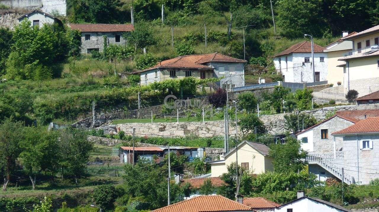 Moradia para comprar, Moreira do Rei e Várzea Cova, Fafe, Braga - Foto 2