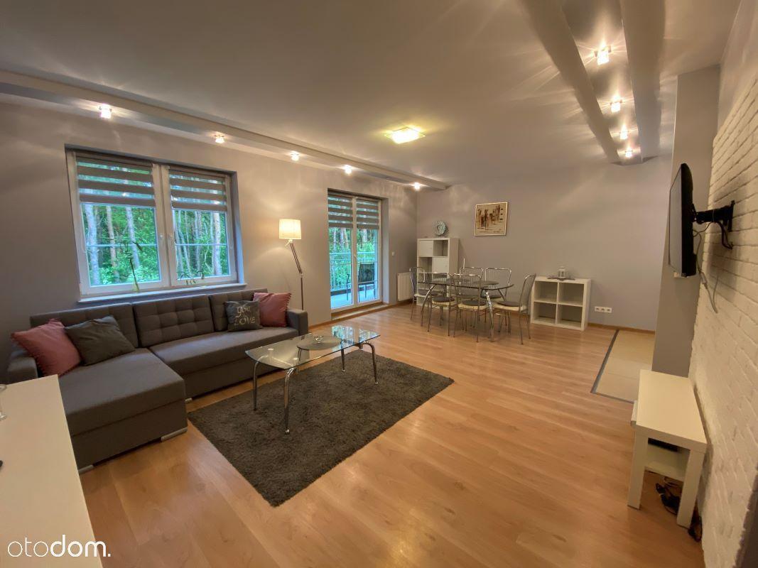 Apartament to wynajęcia z widokiem na las
