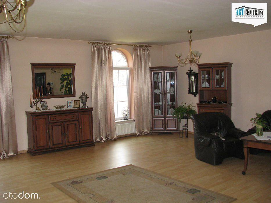 Dom, 280 m², Prądocin