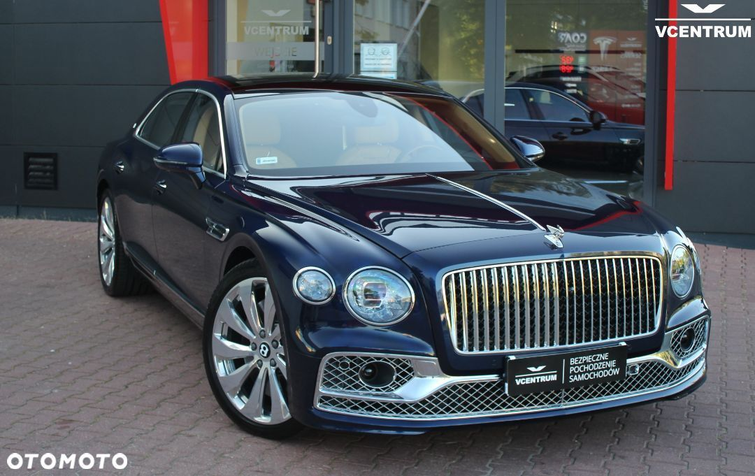 Bentley Continental Flying Spur First Edition W12 - 16