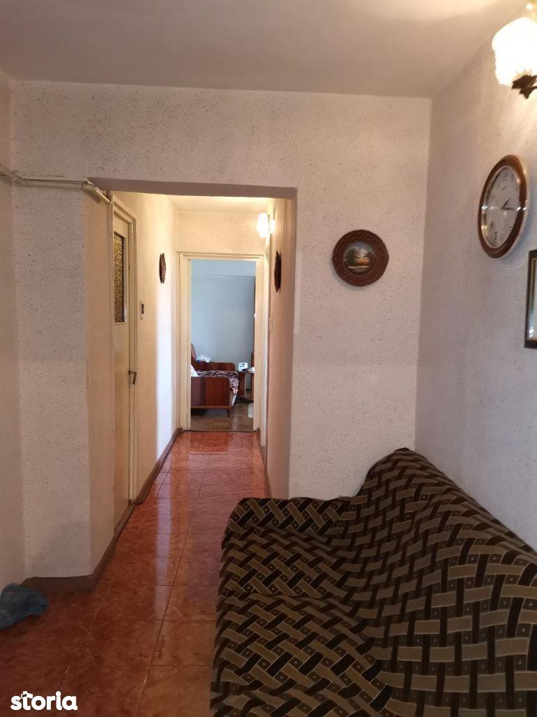 Apartament 3 camere decomandat -Balcescu