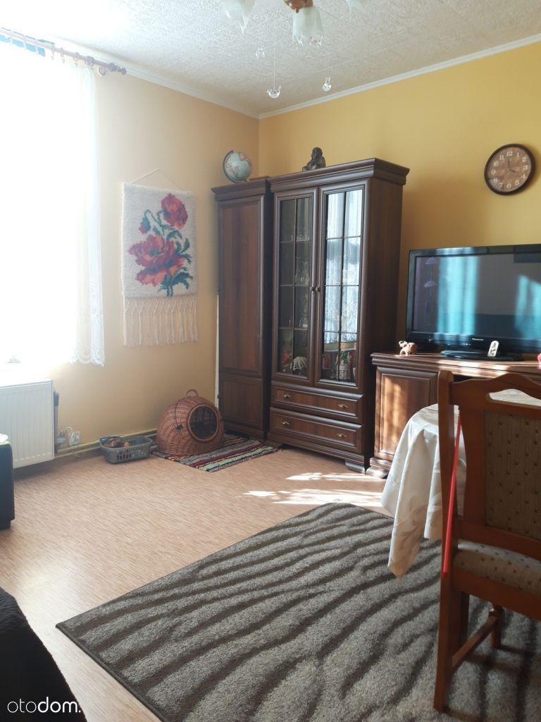 Mieszkanie w kamienicy, 2 pokoje, parter, Stare Mi