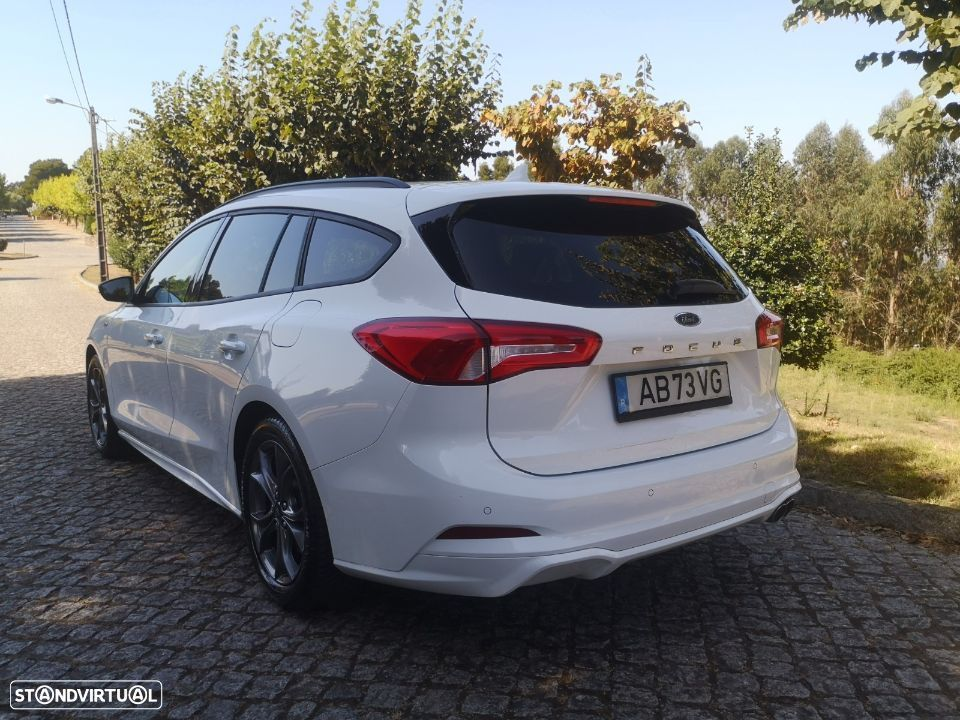 Ford Focus SW ST-Line - 4