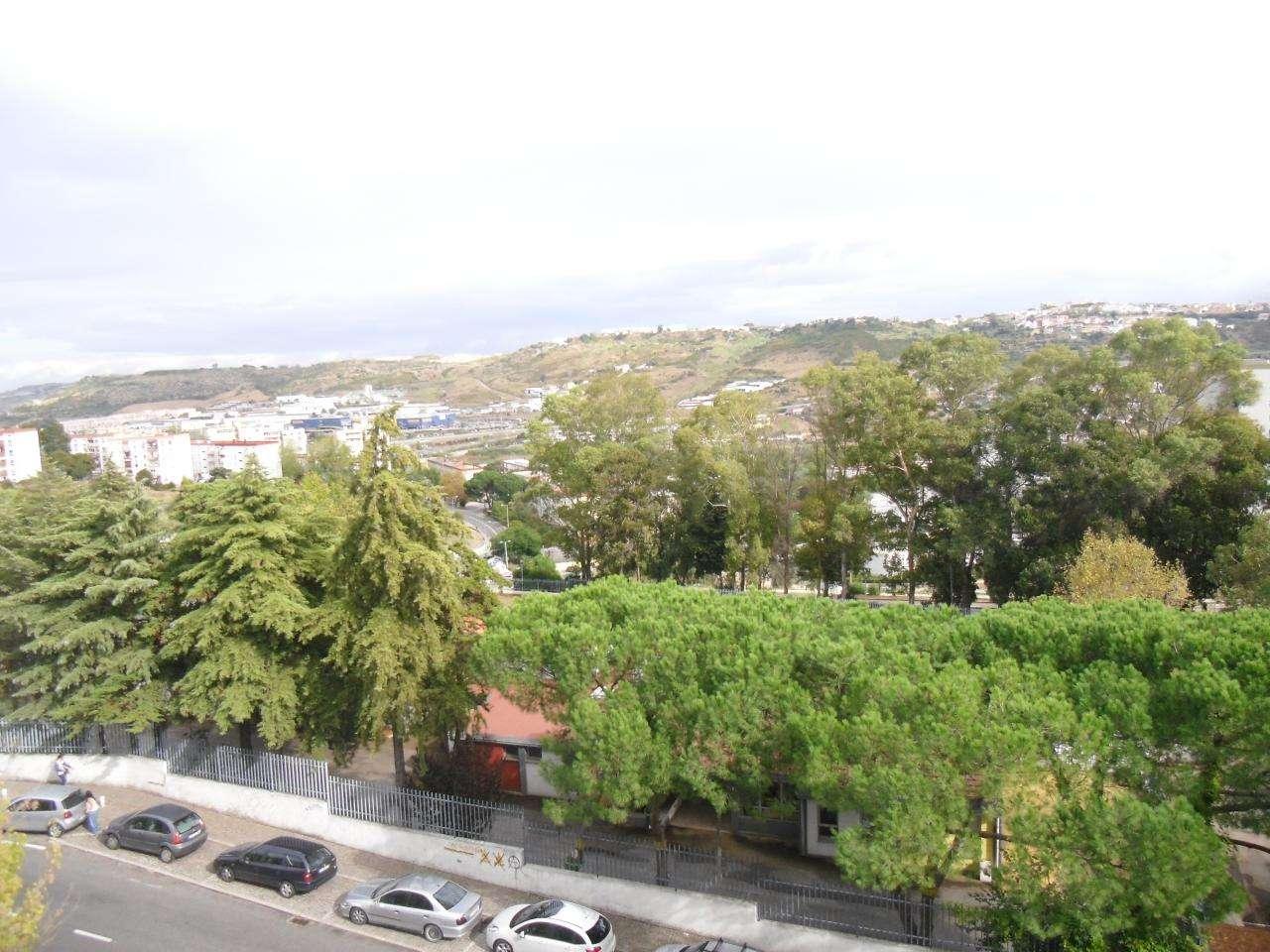 Apartamento para comprar, Santo António dos Cavaleiros e Frielas, Lisboa - Foto 17