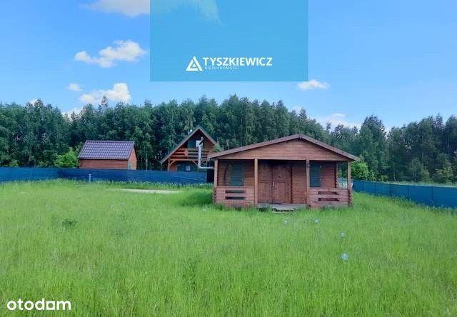 Dom niedaleko jeziora Sobąckiego