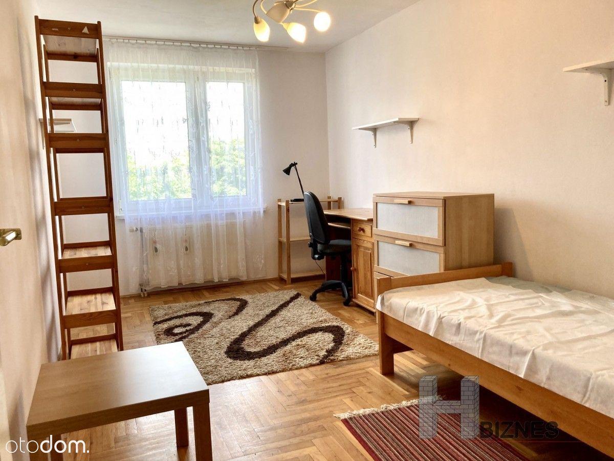 2 jasne i ciche pokoje w ścisłym centrum Uwr