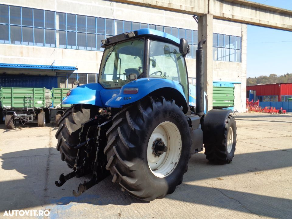 New Holland T8020 - 5