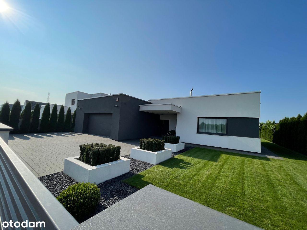 Nowoczesny dom parterowy 202 m2 - basen
