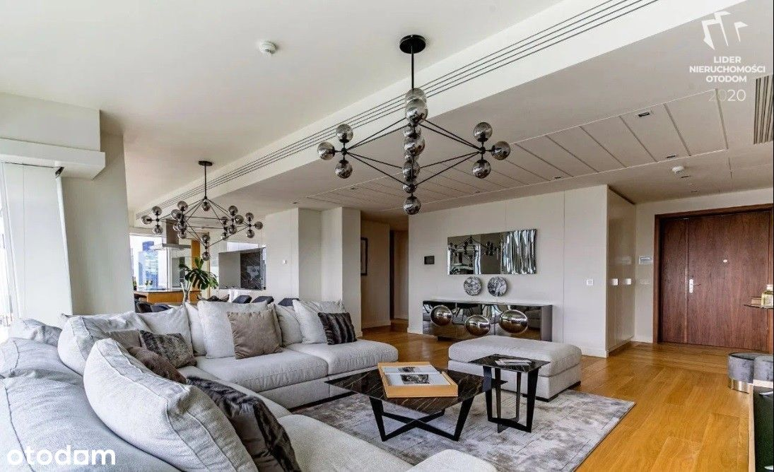 | Złota 44 | 3 bedrooms | High quality |