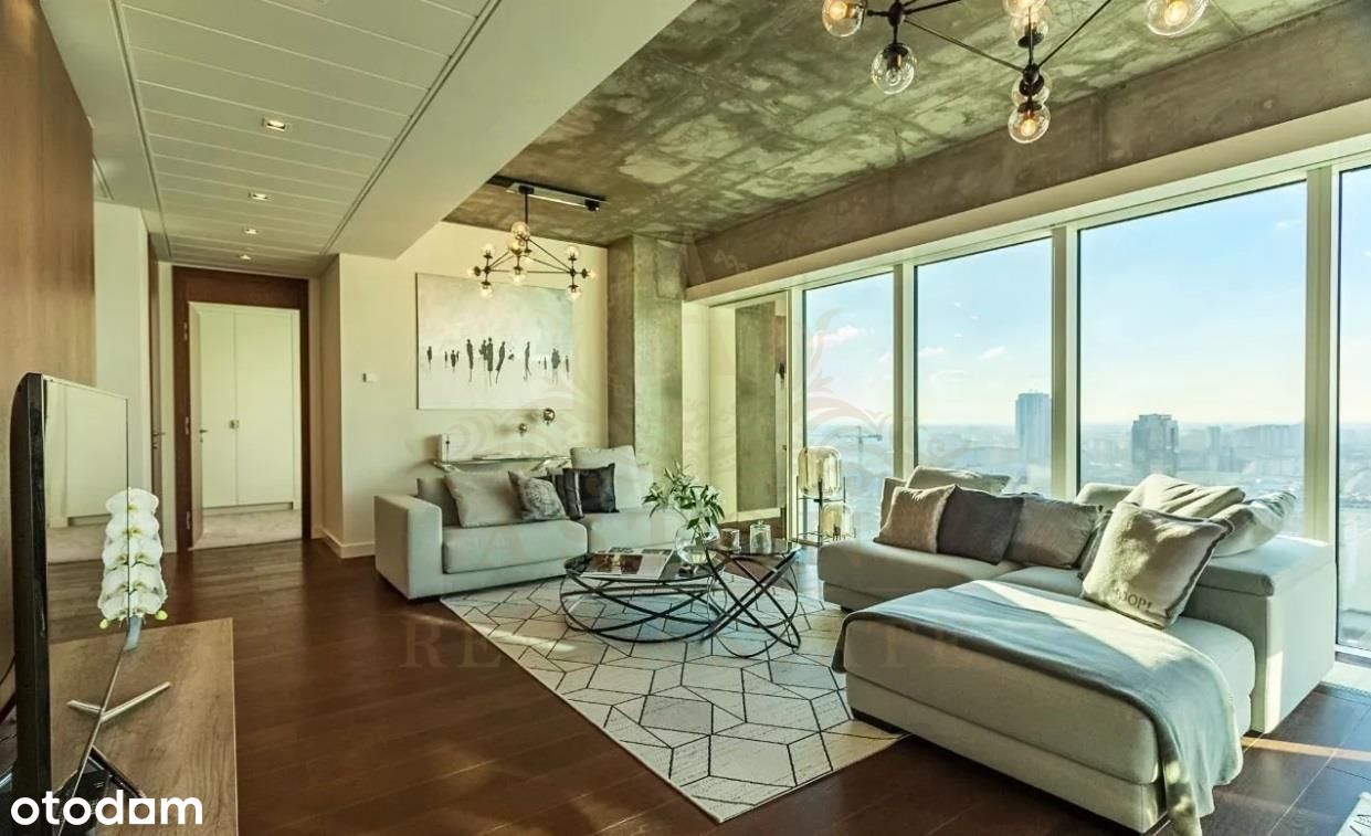 Amazing apartment on 23th floor on Złota 44
