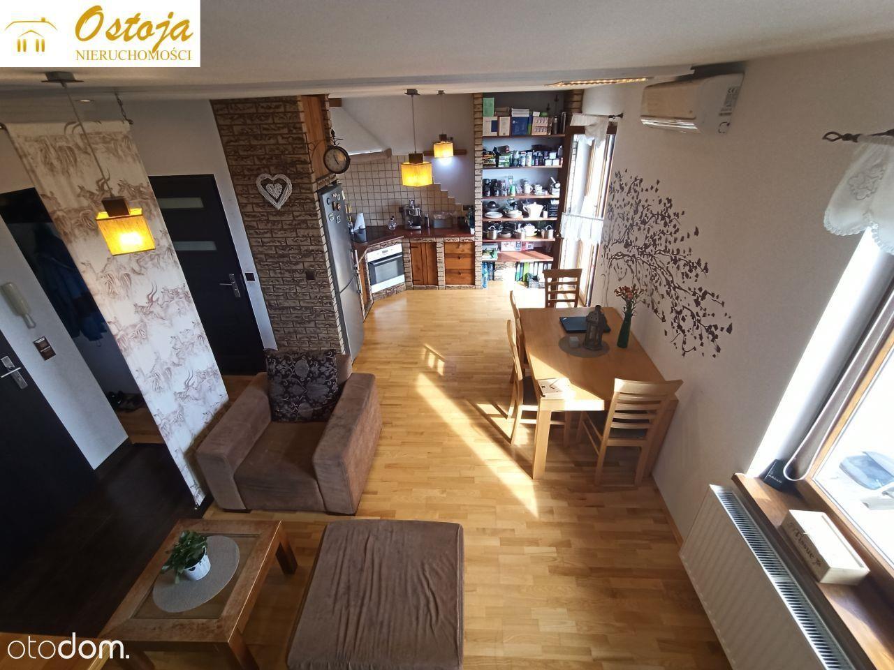 Duże, dwupoziomowe mieszkanie - 72,5 m2