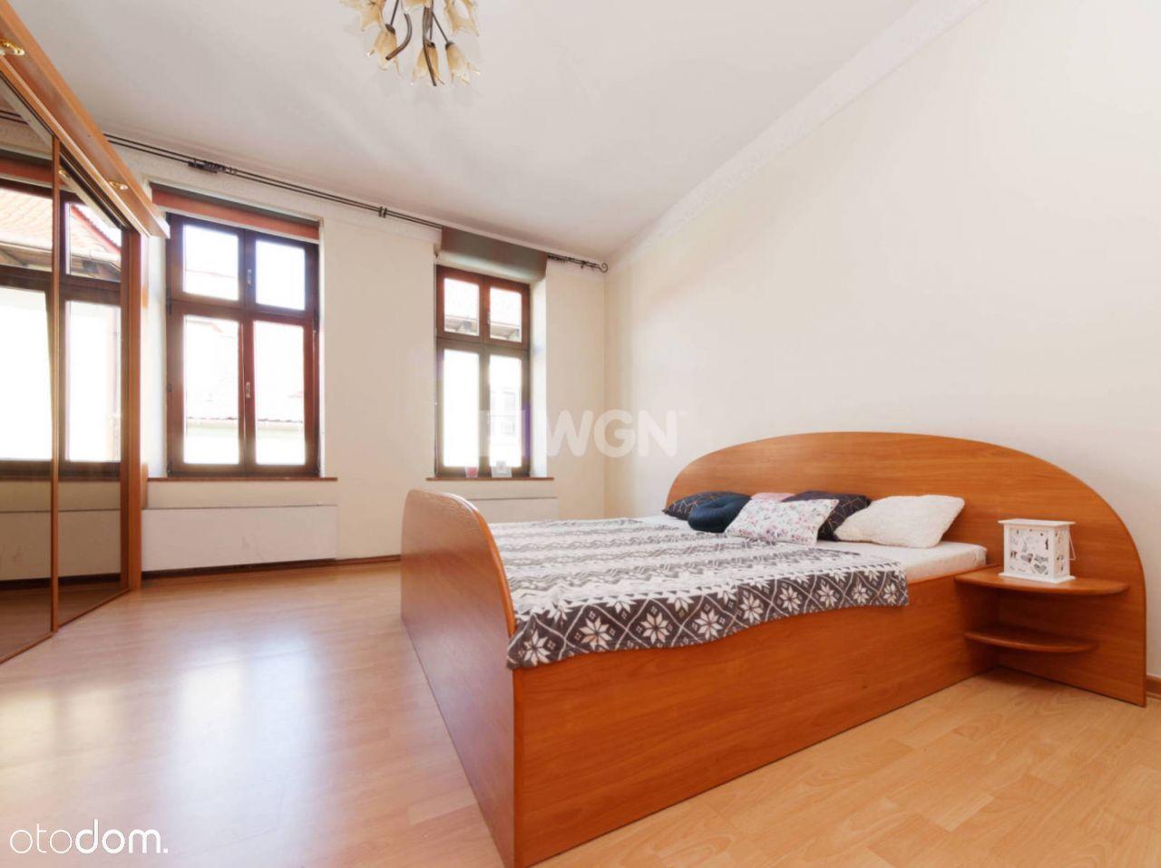 Mieszkanie, 70 m², Tarnów