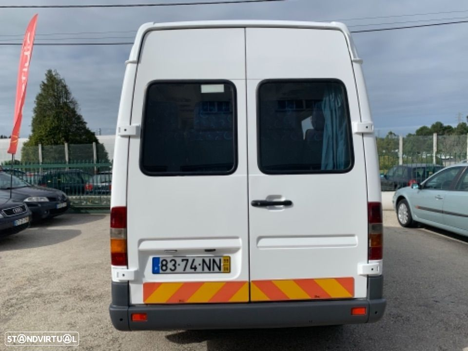 Mercedes Benz Sprinter 412 D  13 lugares - 3