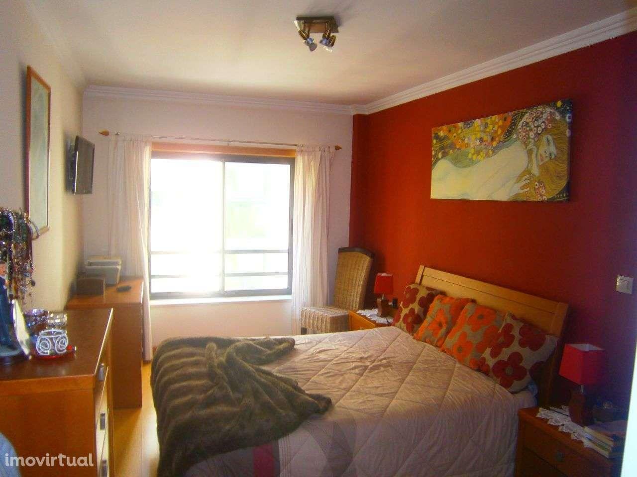 Apartamento para arrendar, Rua Sebastião e Silva, Santo António dos Cavaleiros e Frielas - Foto 3