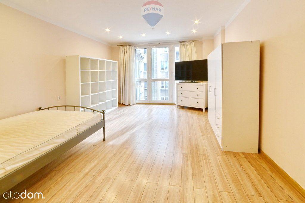 Wyjątkowe mieszkanie w Śródmieściu – ul. Chmielna