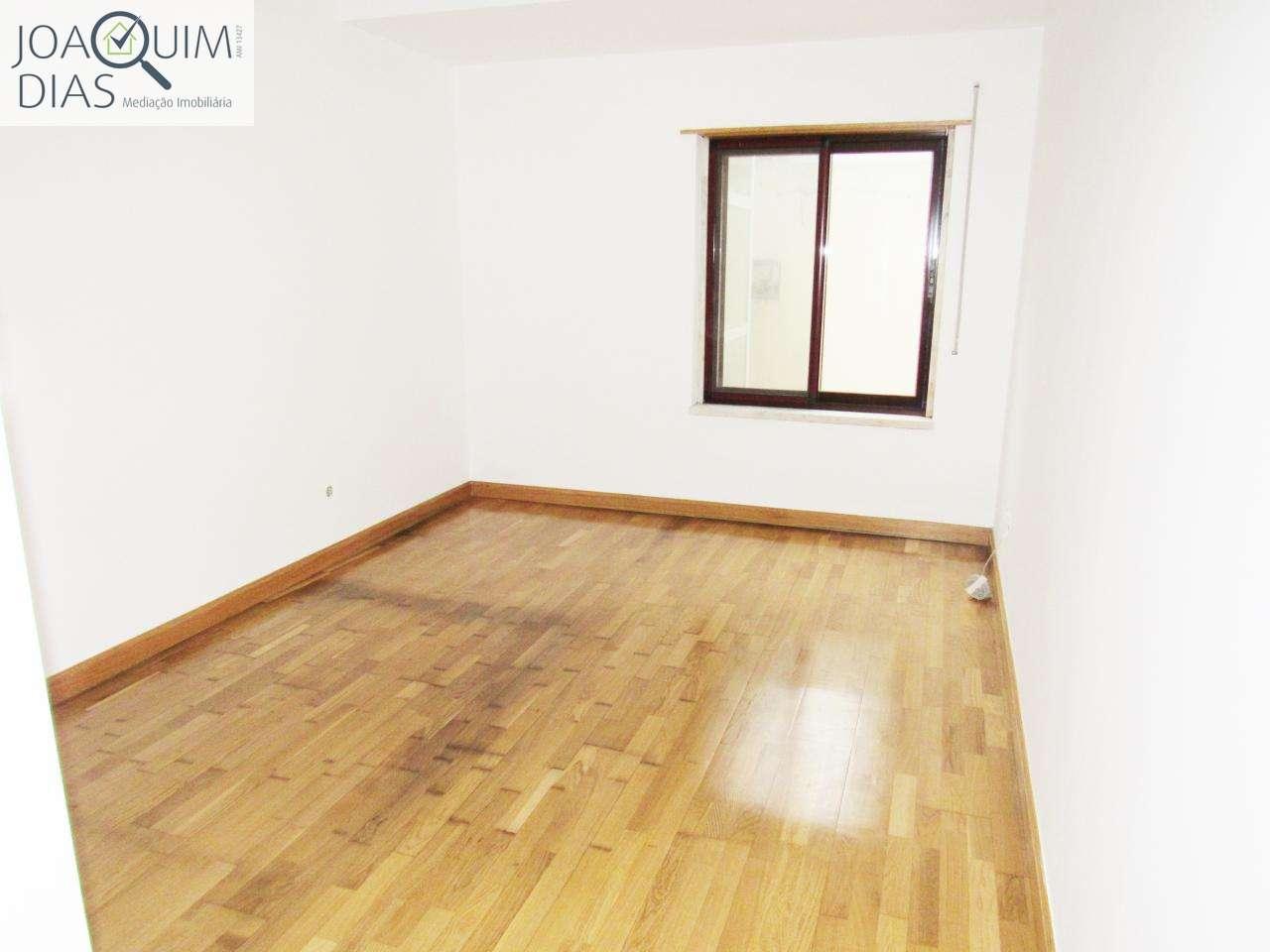 Apartamento para comprar, Venda do Pinheiro e Santo Estêvão das Galés, Lisboa - Foto 13