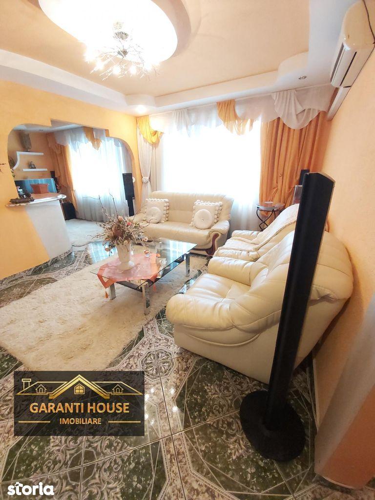 Victoriei, apartament cu 4 camere, etaj 3, mobilat, 69 900€ neg.