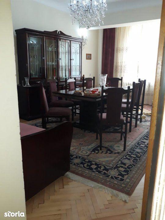 Vanzare apartament cu 3 camere, 78mp, garaj, ULTRACENTRAL