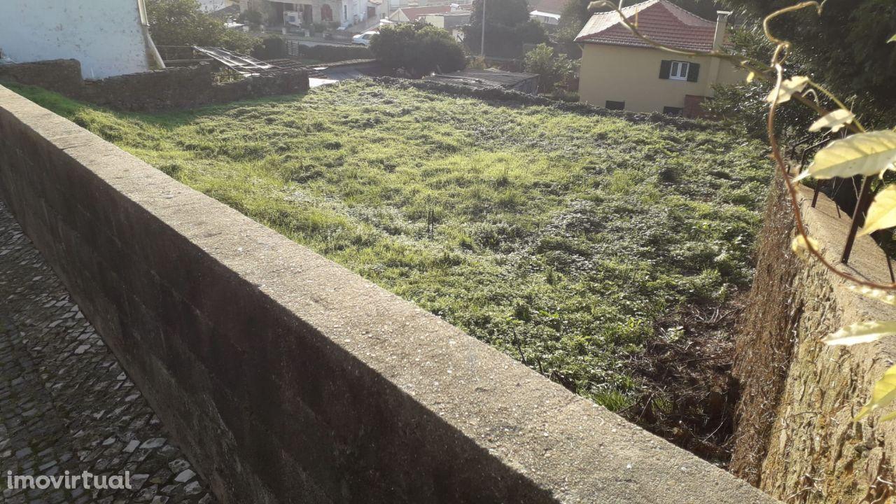 Terreno com 495 m2 em S. João da Madeira