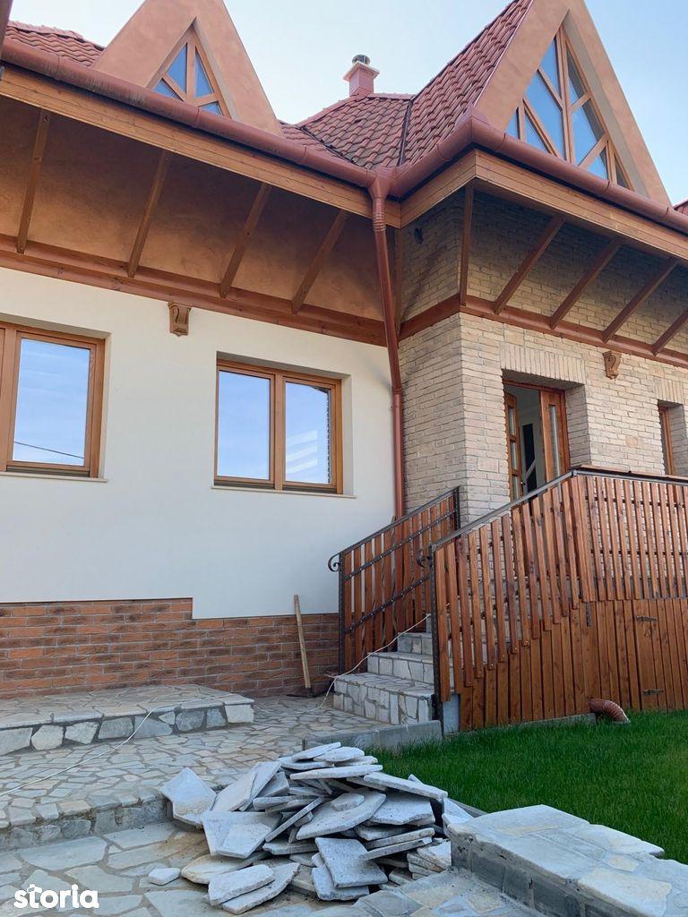 Casa familiala noua pe strada Gheorghe Doja