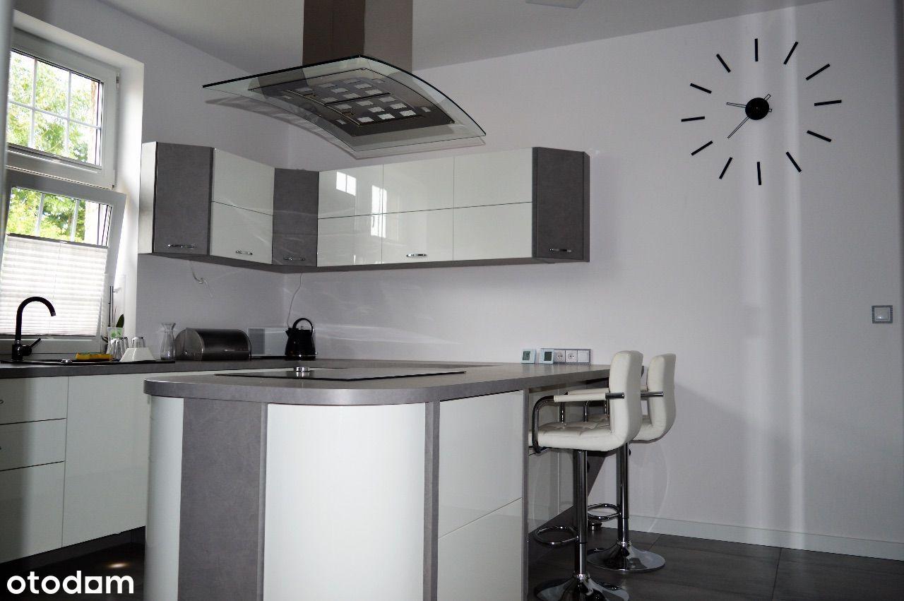 Bezczynszowe mieszkanie - piętro domu, po remoncie