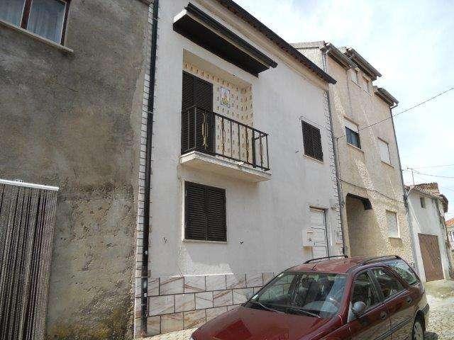Moradia para comprar, Sarnadas de Rodão, Castelo Branco - Foto 1