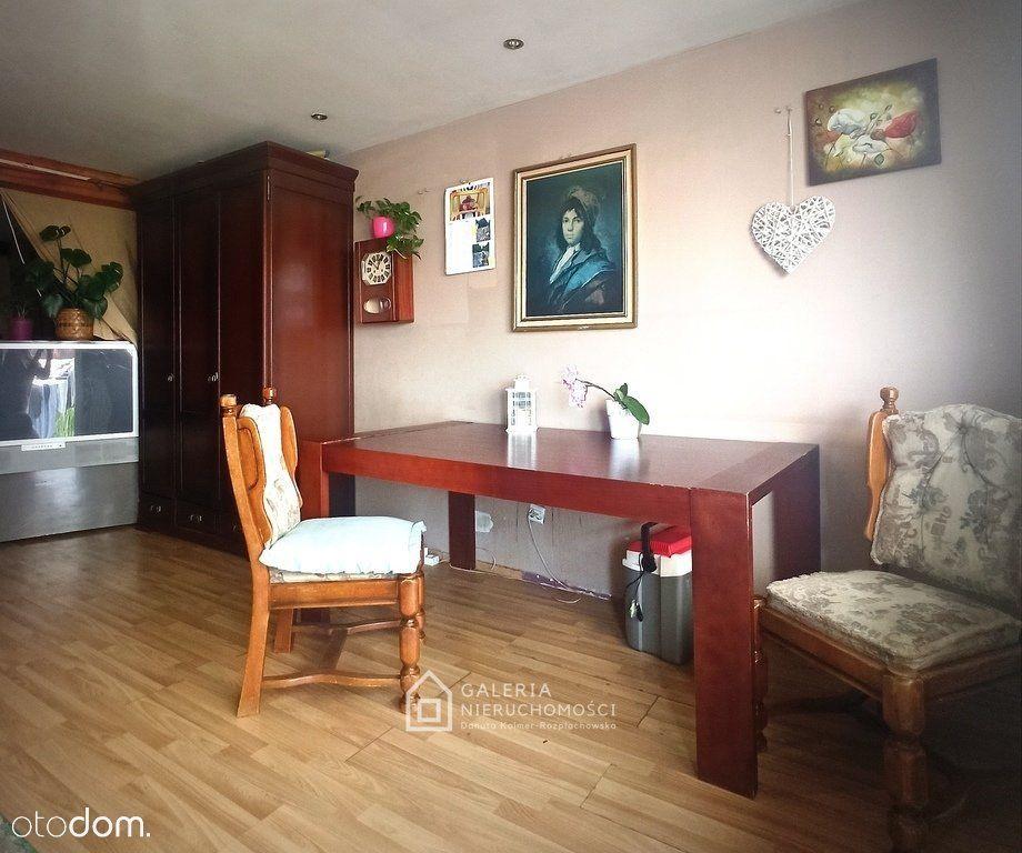 Nietuzinkowe mieszkanie z przestronnym tarasem