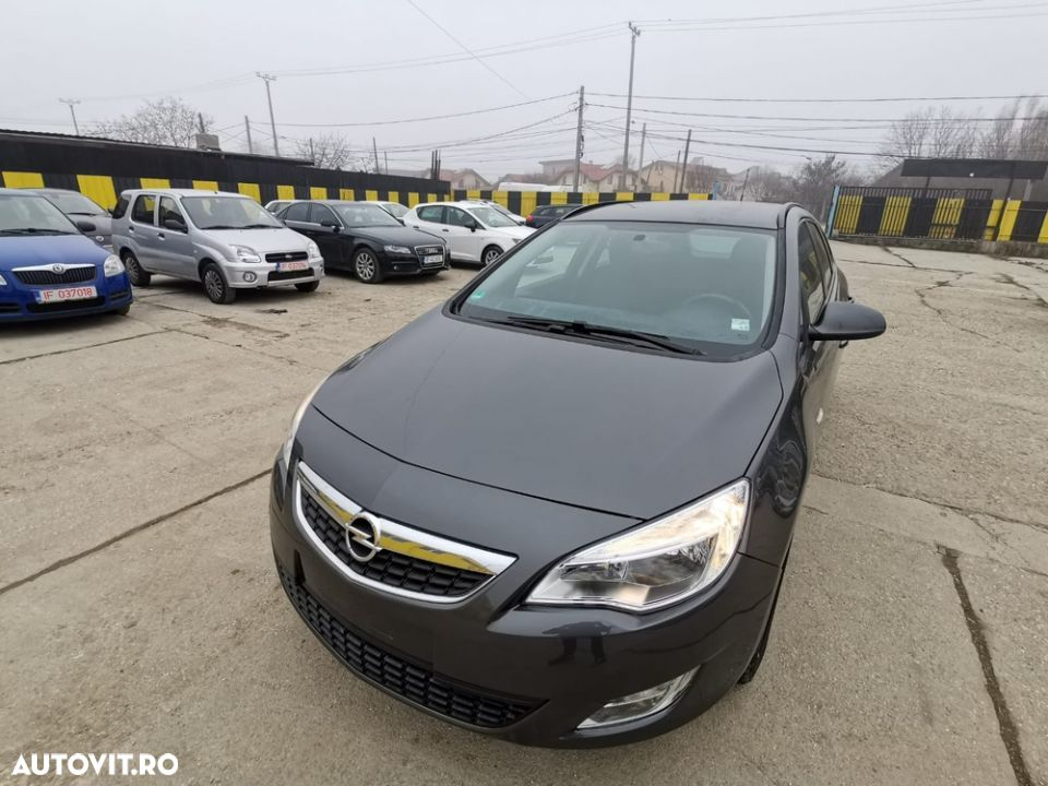 Opel Astra Sports - 1