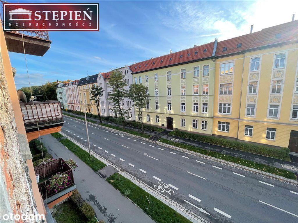 Mieszkanie, 62 m², Jelenia Góra