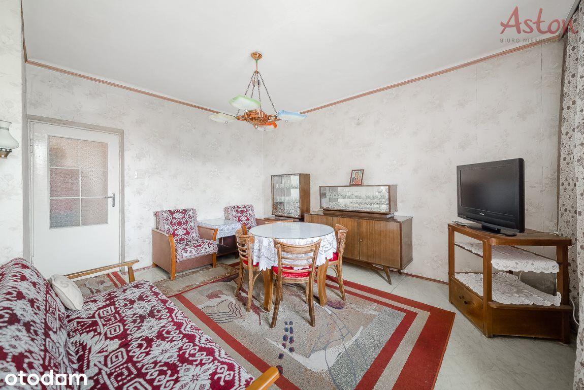 Przestronne Mieszkanie W Atrakcyjnej Cenie