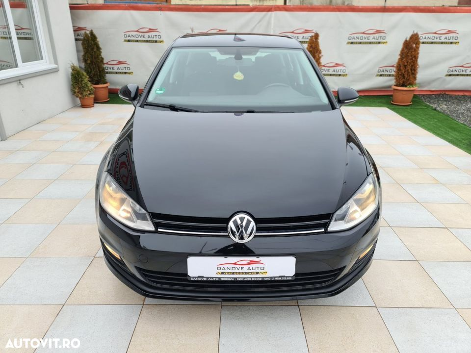 Volkswagen Golf 1.2 - 10